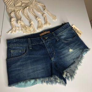 Joe's | Vintage Reserve Frayed Hem Shorts Sz 28